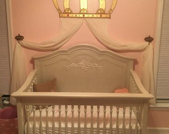 Princess crown wall décor
