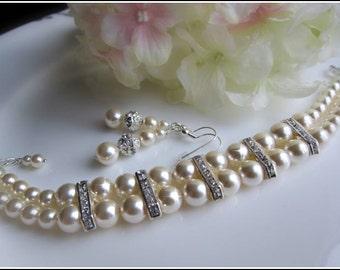 Wedding pearl bracelet,Double strand pearl bracelet,wedding bracelet,bridal crystal bracelet,2 row bridesmaid bracelet,ivory pearl bracelet