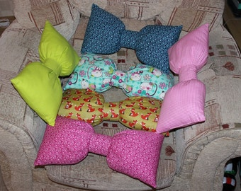 bow shaped cushions, shaped cushion, home decor, decorative pillow, cushion