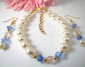 Swarovski Crystals Light Blue and Pink and Swarovski Creamrose Pearls Bracelet and Earrings