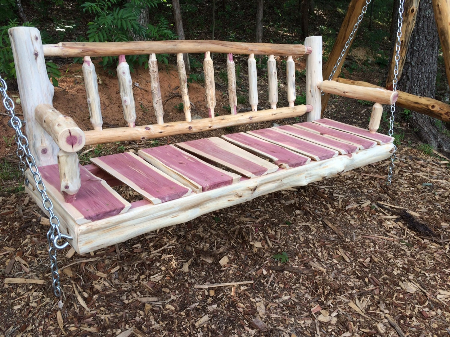 Free Shipping   5 Ft Unsealed Cedar Log Spindle Back Porch Swing   Rustic  Porch Swing