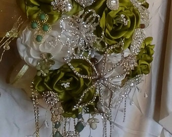 Brooch Wedding bouquet, ramo novia, ramo quinceañera, ramo de broches, green bouquet, bride bouquet, Bouquet brooches,