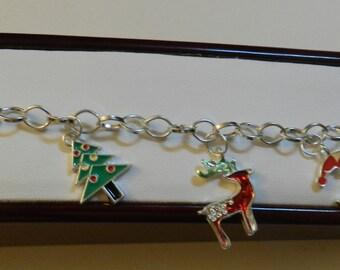 Silver Christmas charm bracelet  Bracelet V1