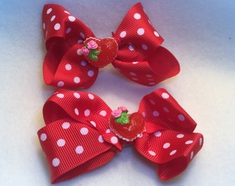 Valentine's hair clips, 2 Red and white clips with a Valentine center. Valentine Hair Bows.
