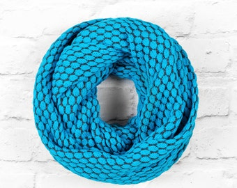 Blue Infinity Scarf, Turquoise Infinity Scarf, Turquoise Blue Circle Scarf, Blue Cotton Scarf, Blue Looped Scarf, Blue Textured Scarf