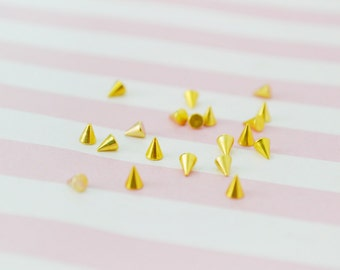 3mm Tiny Gold Spikes - set of 20