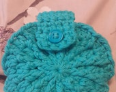 Facial scrubbies with pouch