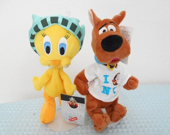SALE! Now 34.00 ! Warner Brothers Ny Tweety and NY Scooby/both New With Special NY Store Tags/Retired in 90's/Set of 2/Absolutely Adorable!!