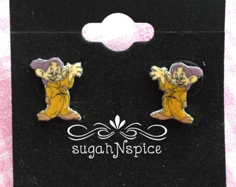 Snow White and Seven Dwarf Earrings - Dopey Earrings - Dopey Stud Earrings - Dwarf Earrings