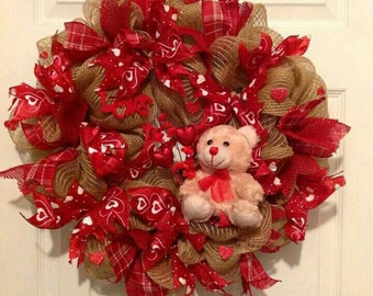 Valentine's Day Wreath, Valentine Day Decor, Valentine Day Mesh Wreath, Valentine Deco Mesh Wreath, Valentine's ribbon Wreath, heart wreath