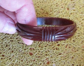 1950s Deep Carved Brown BAKELITE Bangle Bracelet TESTED