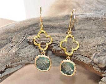 Mint Green Glass Floral Wreath Chandelier Earring, Mint Green bridesmaid earrings.bridesmaids jewelry. Wedding jewelry. Bridal earrings.