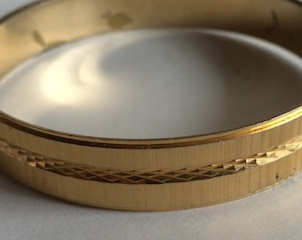 Vintage Crown Trifari Gold Plated and Diamond Cut Etched Bangle Bracelet