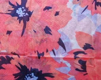 Tommy Hilfiger Women's Shawl Scarf Huge Scarf Flower Design Tommy Hilfiger Fashion Accessories