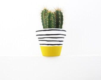 Hand Painted Yellow Stripe Plant Pot - 6cm