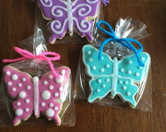 Pretty Butterfly Cookies - perfect party cookies!