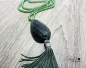 Tassel necklace with green stone.Green tassel nacklace/Gypsy necklace/Boho tassel nacklace /Bohemian nacklace/Boho jewelry