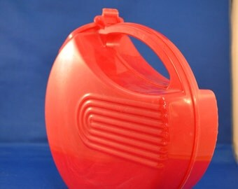 Burrite Plastic Water Pitcher