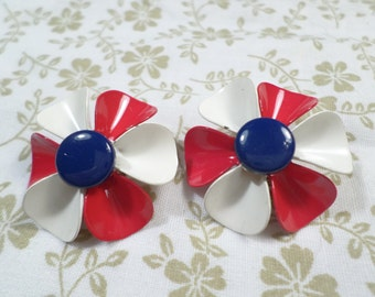 Beautiful Vintage Red, White and Blue Enamel Flower Clip On Earrings  DL#7985
