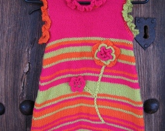 Knit dress in bright colors