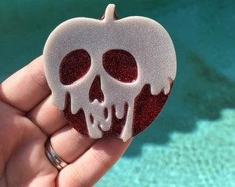 Poison apple brooch