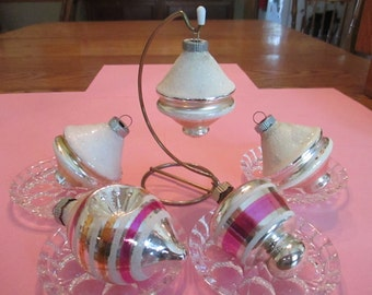 Lovely lot of 5 1950's pastel Shiny Brites in silver, pink, and champagne