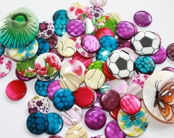Assorted dyed Mother of Pearl beads, flat round colorful painted natural Shell beads, medium large mixed beads, embellishments, lot of 15