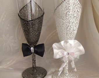 Wedding Toast Champagne Glasses for Bride and Groom