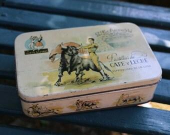 French Vintage tin.  French Vintage Shabby Chic. Spanish tin