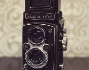 Yashica-Mat Copal MXV