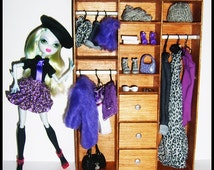 Barbie/Monster/Blythe Doll Size Furniture - Wardrobe Lacquer