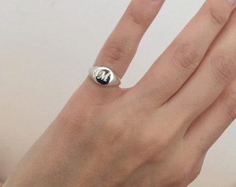 Silver Signet Ring, women ring, men ring, Initial ring, Gift for her q him, letter Ring, silver Pinky ring,silver engraved ring, silver ring