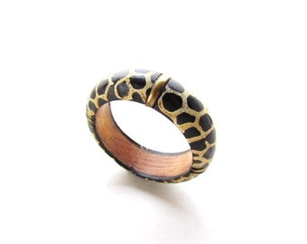Vintage Wood and Brass bangle Bracelet / Animal Print