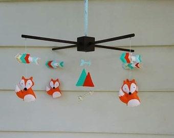 Fox and Arrow baby mobile, Fox Nursery Decor, Arrow Nursery Decor