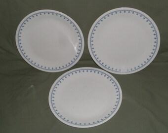"3 Vintage Corelle Blue Snowflake Dinner Plates | Blue Garland 10 1/4"" Corelle Plates | Holiday Winter Dinnerware, Replacement Place settings"