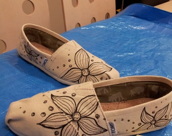 Toms Shoes Customized Flower Design