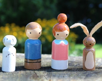 Wooden Peg Doll Set, Wooden Peg Dolls, Kids Birthday Gifts, Set of 4, Battery Free Toys, Imaginative Toys