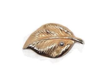 Vintage Giovanni Gold Tone Leaf Brooch Pin