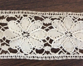 Antique Handmade Cotton Lace Trim / Edging