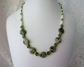Cool Green Summer Necklace ECS