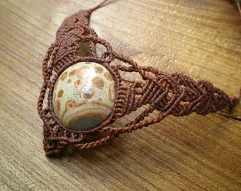 Macramé with leopard Jasper necklace