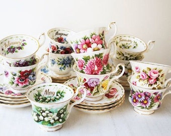 Royal Albert - Flower of the month - Tea cup & saucer - Complete Set
