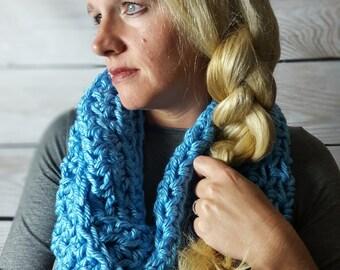 Teal Infinity Scarf -Teal Circle Scarf - PurpleCowl Scarf -  Crochet Infinity Scarf - Crochet Loop Scarf - Teal Blue Circle Scarf