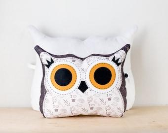 LIQUIDATION 50%off | Small velveteen owl companion pillow, Owl shaped pillow, owl illustration printed on fabric, cushion
