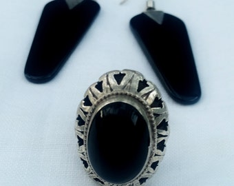 Lovely Sterling Silver and Onyx Ring and Earrings set