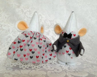 Dressed Mouse Couple