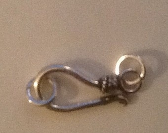 925 solid Sterling Silver hook and eye clasp with rings bali style. Wholesale.  CL38