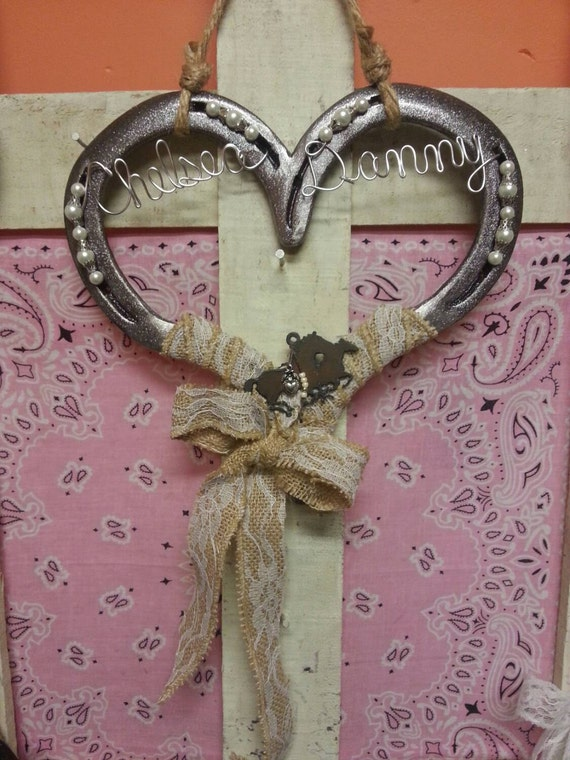 Wedding horseshoe horse gift horseshoe decor decorated for Horse shoe decorations