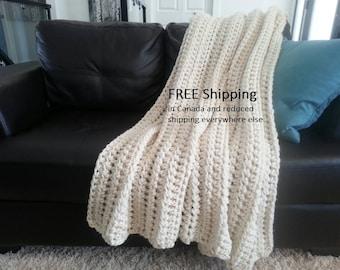 Cream Crochet Blanket, Throw Blanket, Cream Blanket, Chunky Throw, Bulky Crochet Blanket, Fisherman