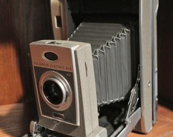 Polaroid Land Camera, Polaroid 850 Electric Eye, Vintage Land Camera, Retro Polaroid Camera with Leather Case.